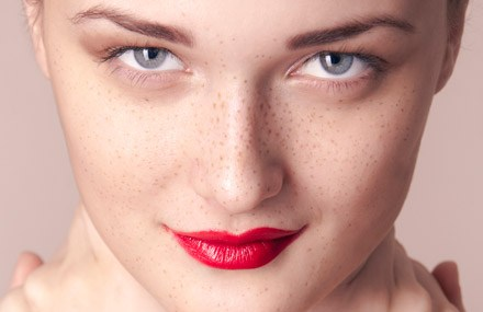 Pucker Up! How to Find The Best Lipstick for You