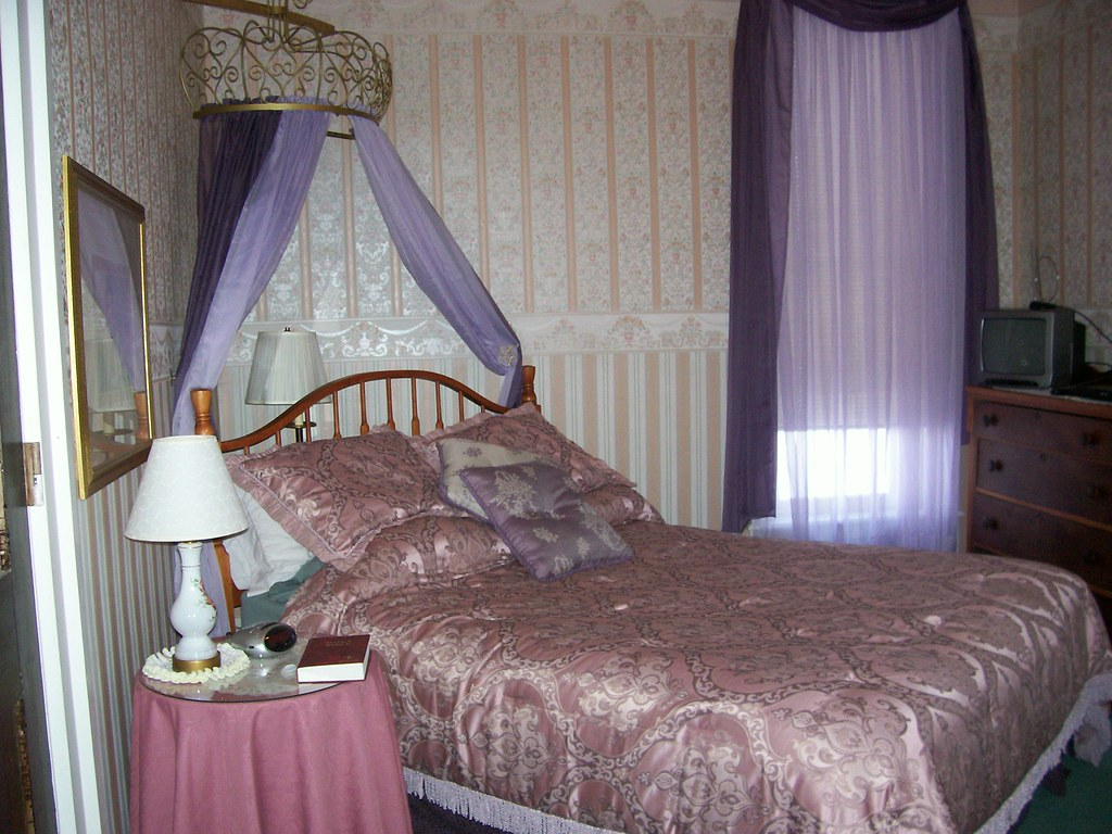 crown canopies for beds