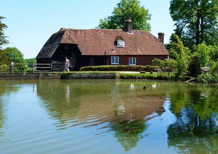 Mill, Bateman's, Kipling