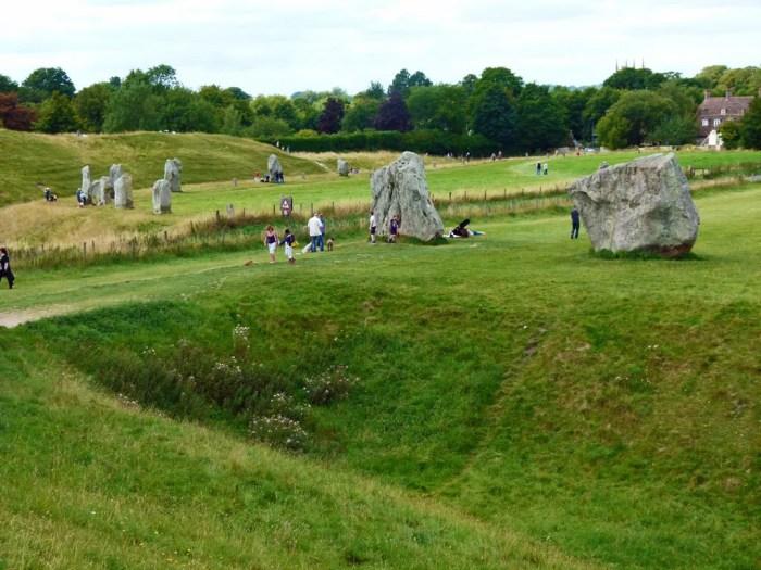 Avebury, henge, Wiltshire