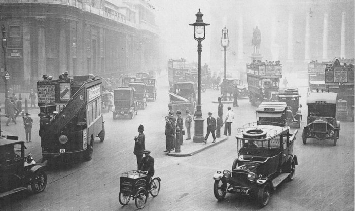 London, Britain in the 1920s and 30s