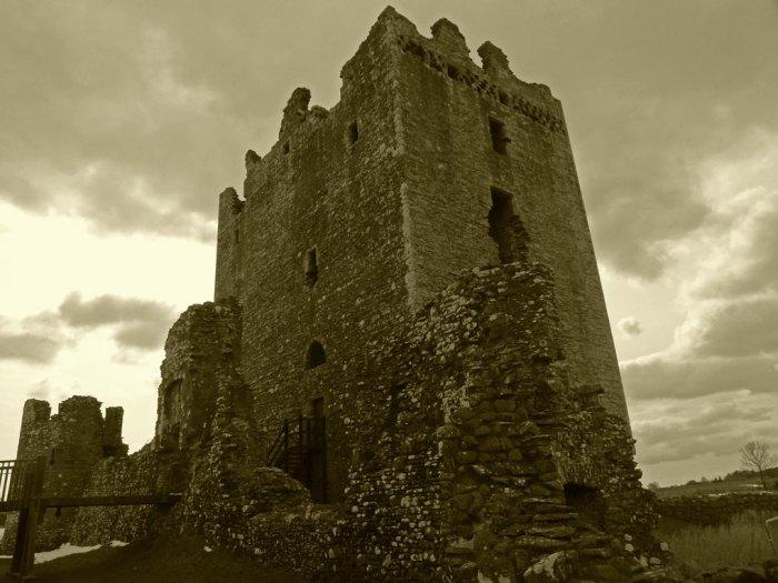 Threave Castle, grim