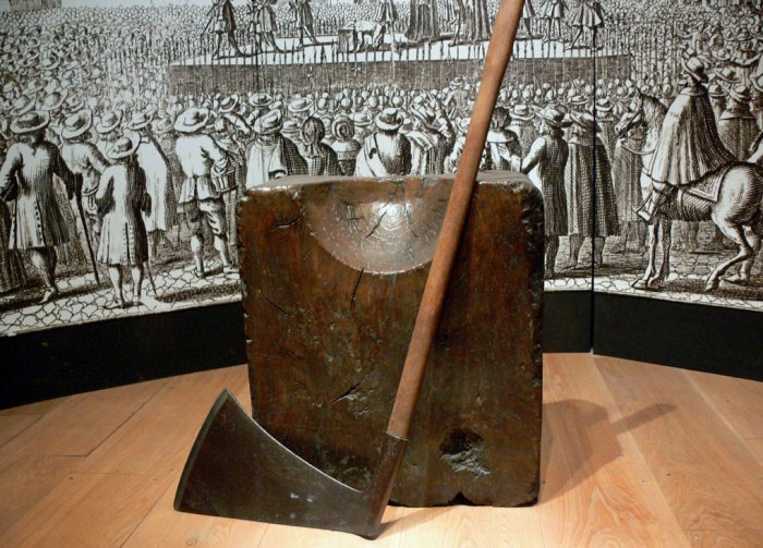 The executioner's block and axe at the Tower of London.