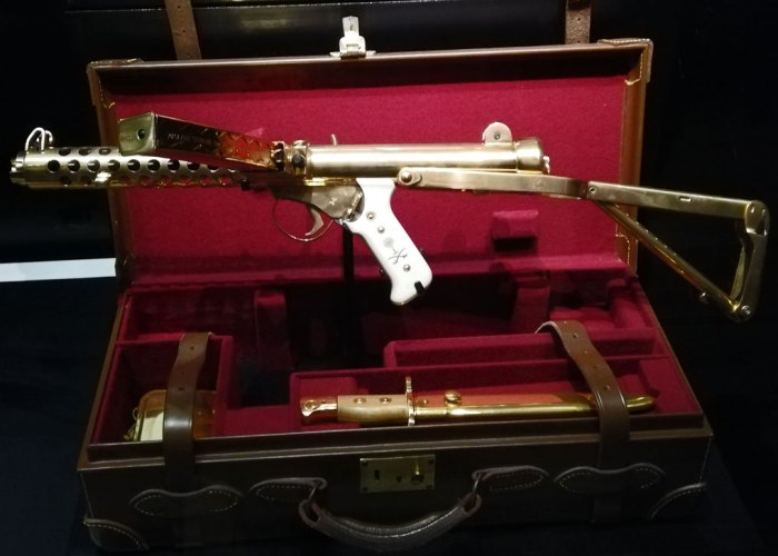 Gold-plated machine gun
