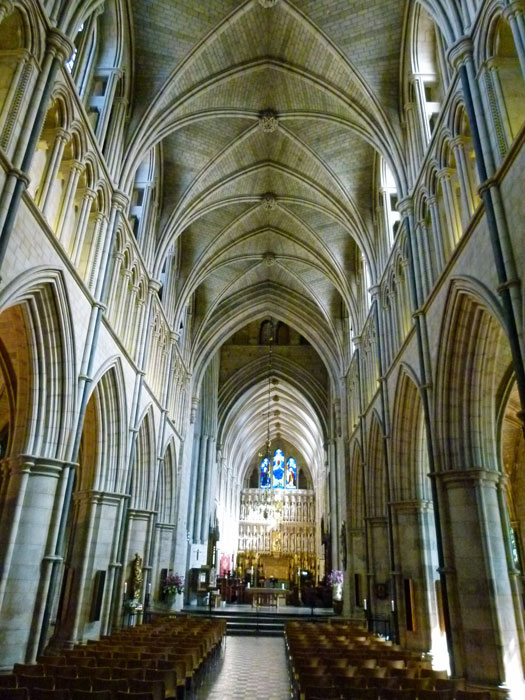 Southwark Cathedral - the nave