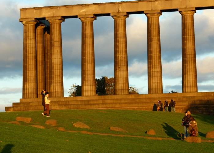 The National Monument - Scotland's unfinished Parthenon on Calton Hill
