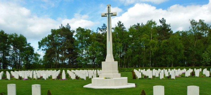 Cross of Sacrifice, Cannock Chase, military cemetery