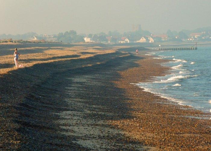 Aldeburgh Beach, looking north toward Thorpeness