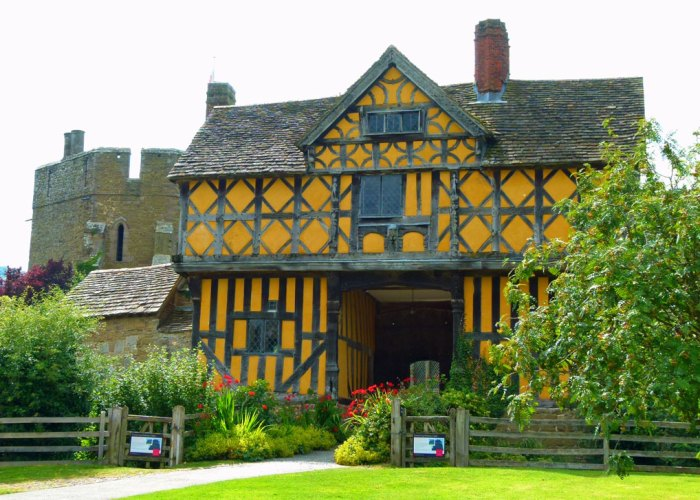 Stokesay Castle, gatehouse, 1640