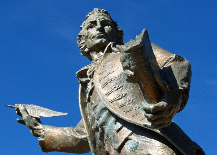 THOMAS PAINE, statue