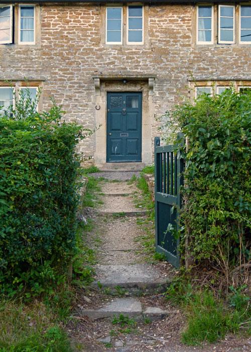 Lacock, door