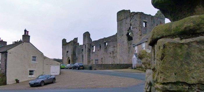Middleham, Castle, north, Neville, Richard III