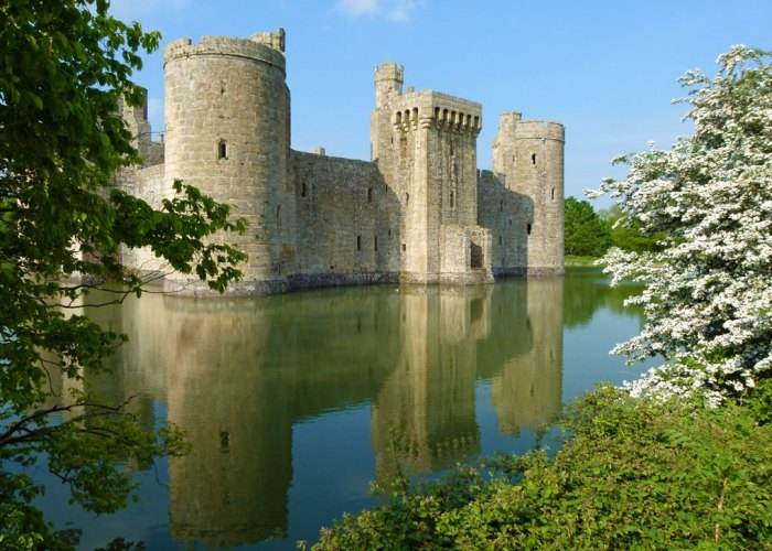 Bodiam Castle, romantic castle, England