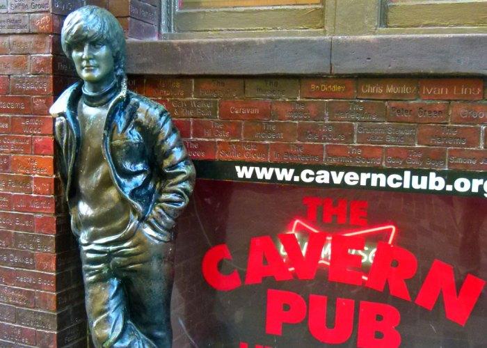 Statue, John Lennon, Cavern Club, Liverpool