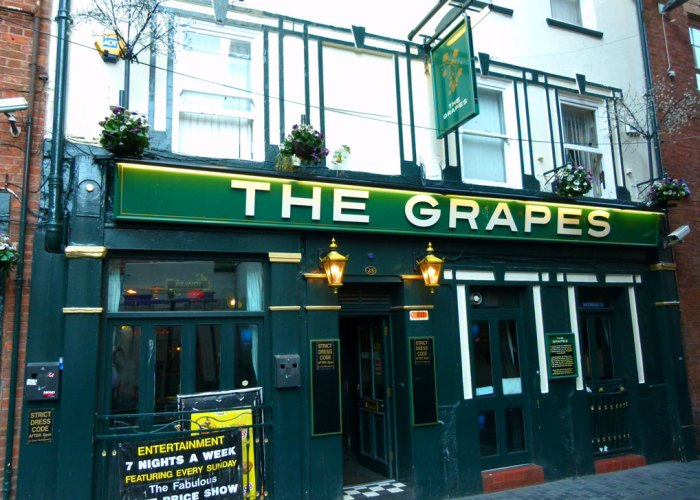 The Grapes, Mathew Street, Beatles pub