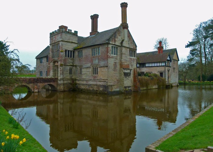 Baddesley Clinton, moated medieval manor house, Warwickshire