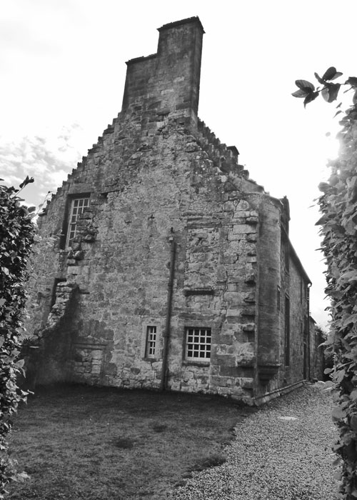 Rosslyn Castle, Landmark Trust, Scotland