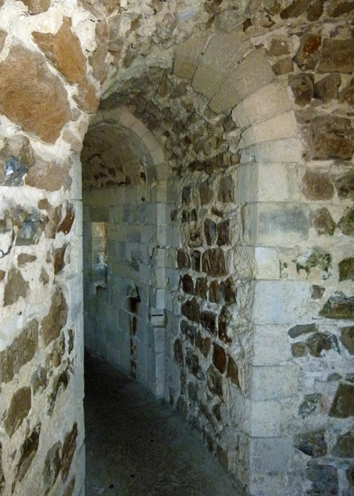 Orford Castle, passages