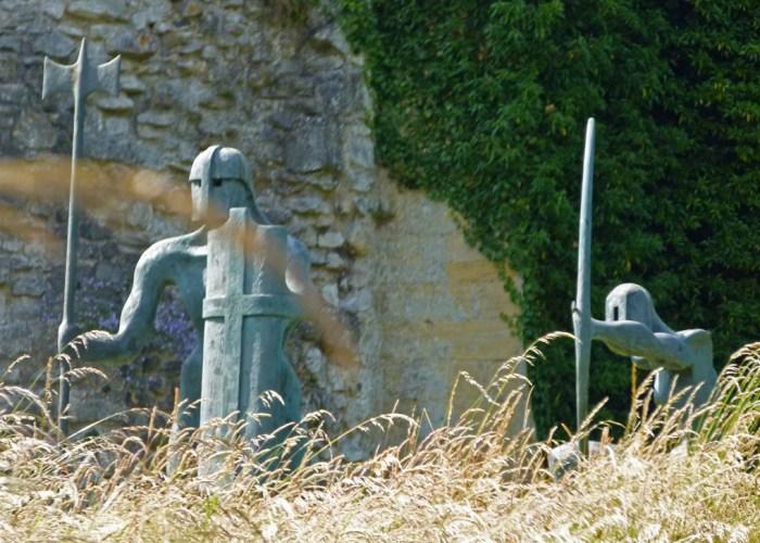 Statues, Helmsley, castle, Visit Yorkshire