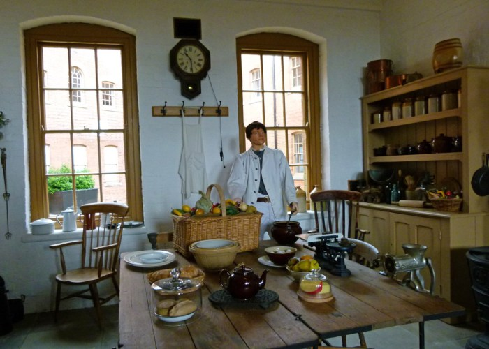 Fort Nelson, Victorian, kitchen