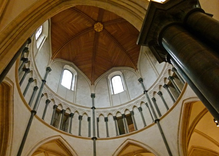 Temple Church, London, interior, round church