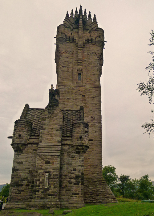 Wallace Monument, places to visit in Scotland