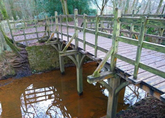 Winnie-the-Pooj, Pooh Sticks, bridge, Ashdown Forest