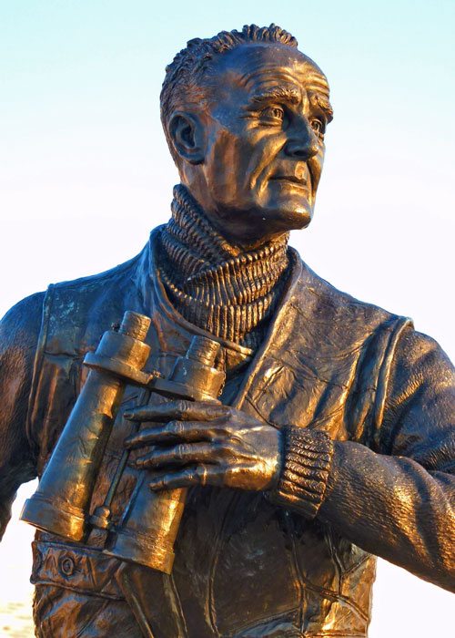 Johnnie Walker, statue, Albert Dock, Liverpool