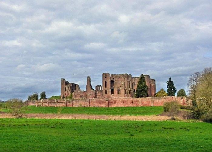Kenilworth, Castle, visit Warwickshire