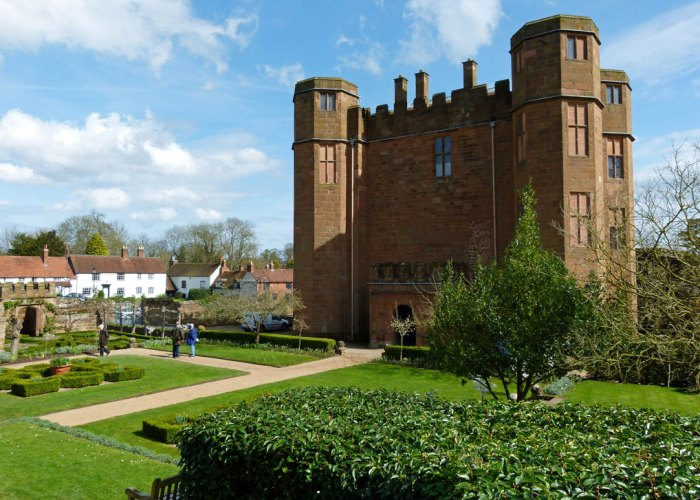 Leicester's gatehouse, Kenilworth