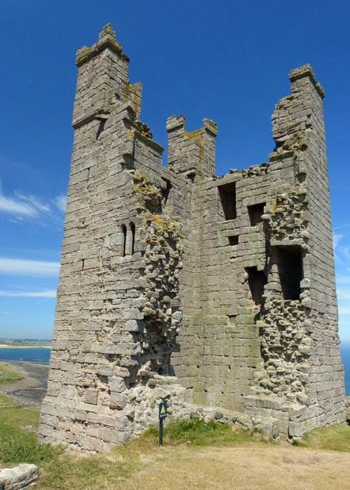 Dunstanburgh, Lilburn Tower