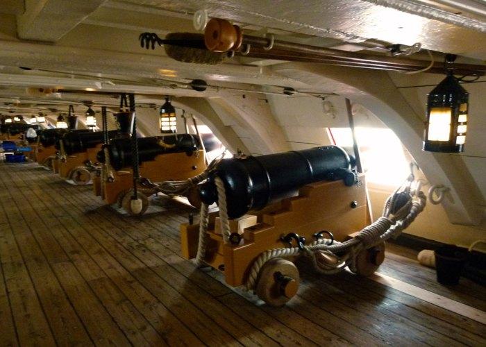 HMS Victory, gundeck