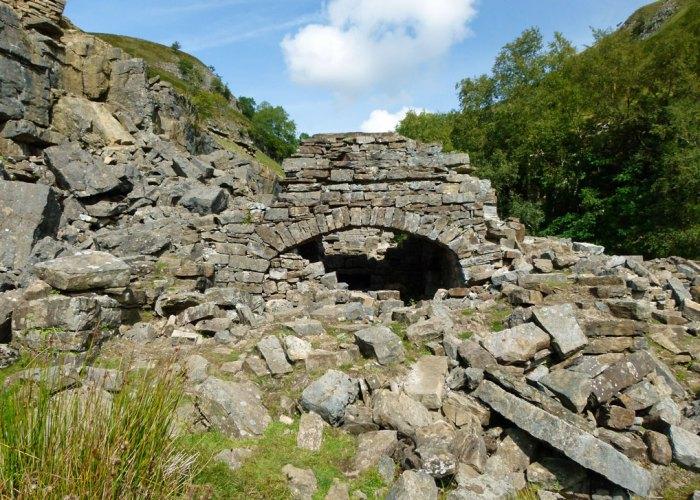 Swinner Gill, ruins, Swaledale