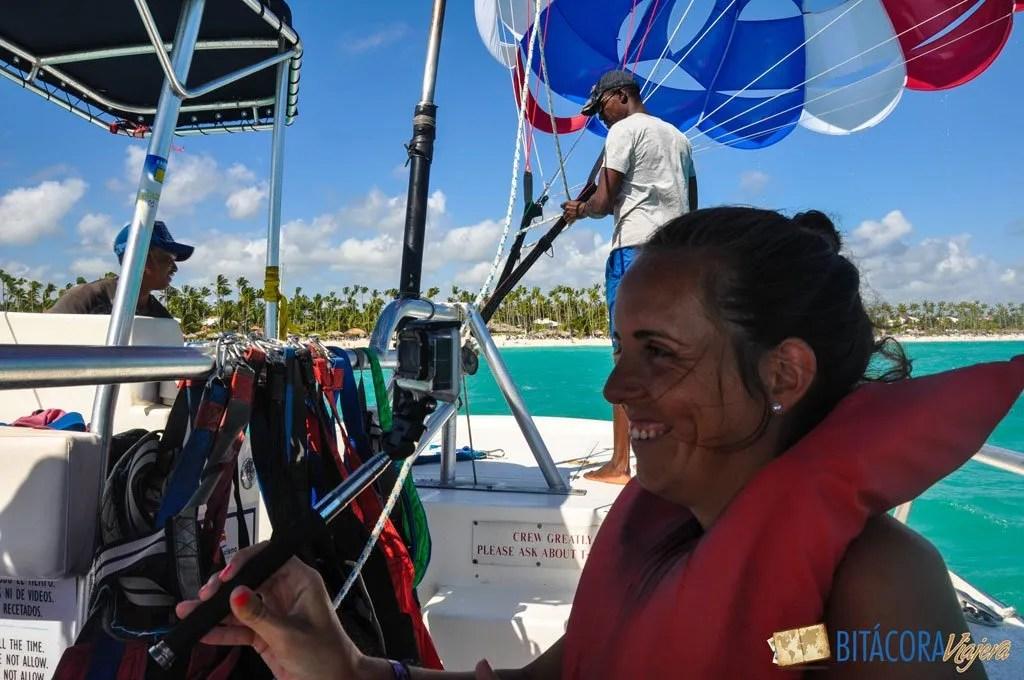 punta-cana-parasailing-1