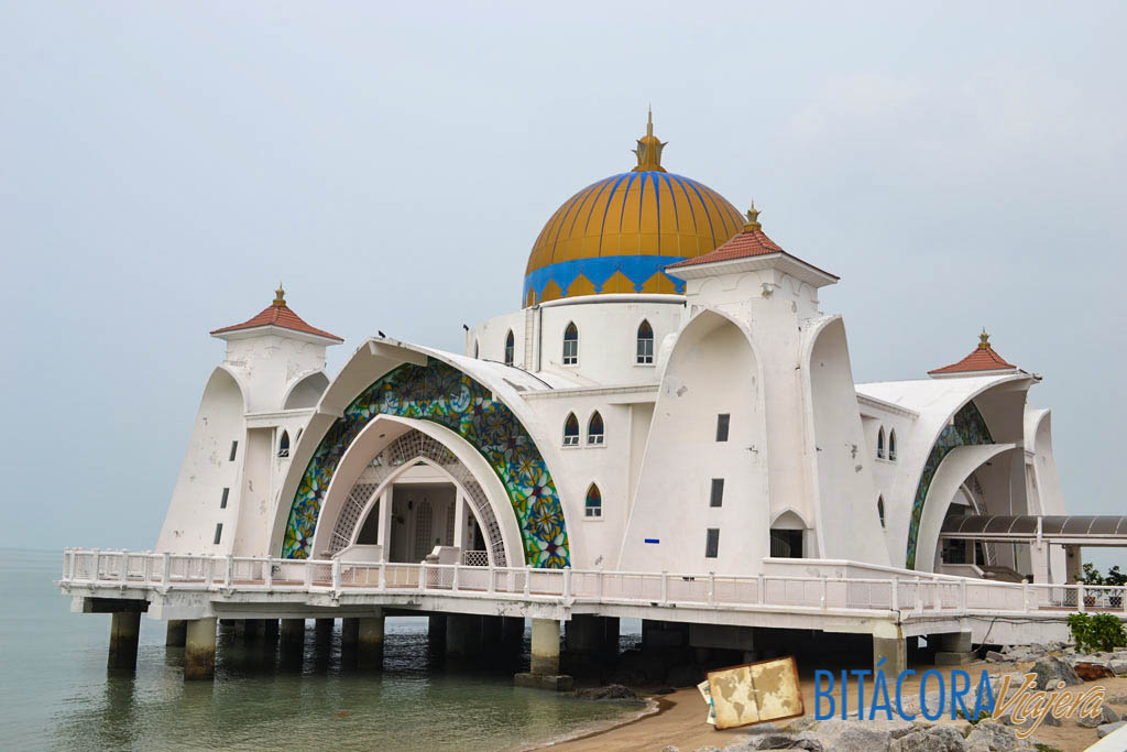 mezquita del estrecho de melaka (2)