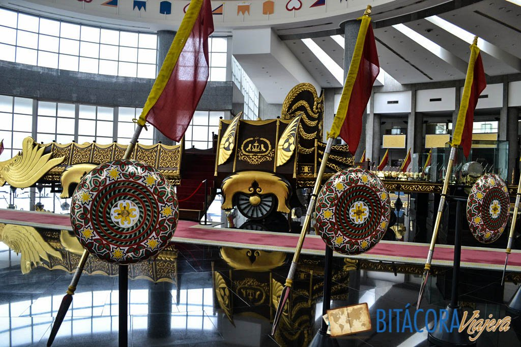 regalia royal museum brunei
