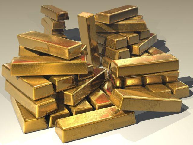 Bitcoin versus gold