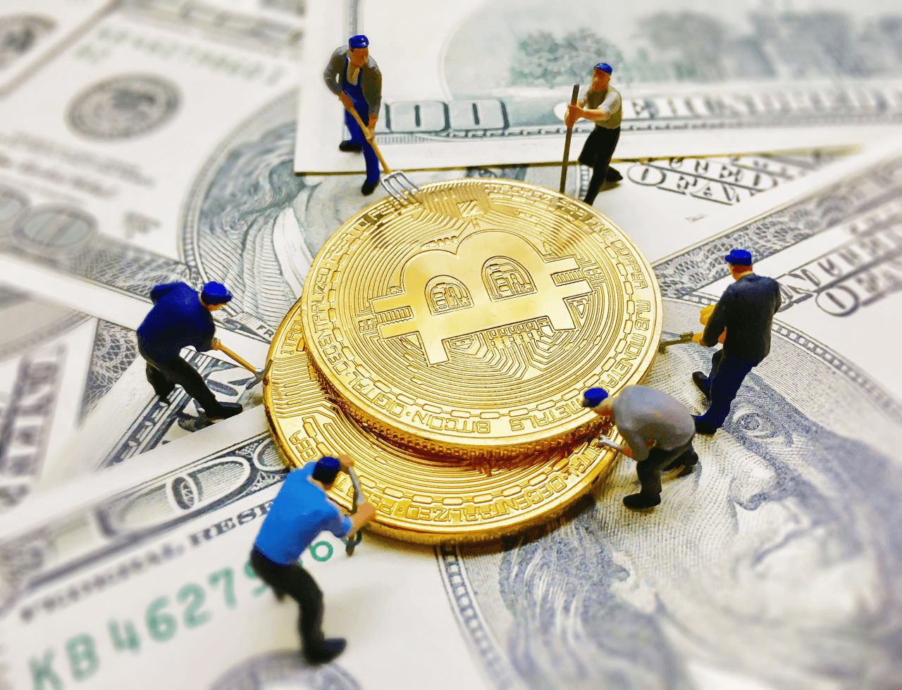 worker-figures-helping-dig-coin-money-dollar-note-background (1)
