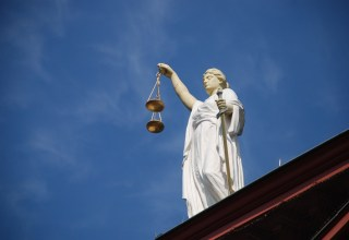 PlexCoin Founder Forced to Transfer 420 Bitcoins in Quebec Courtroom