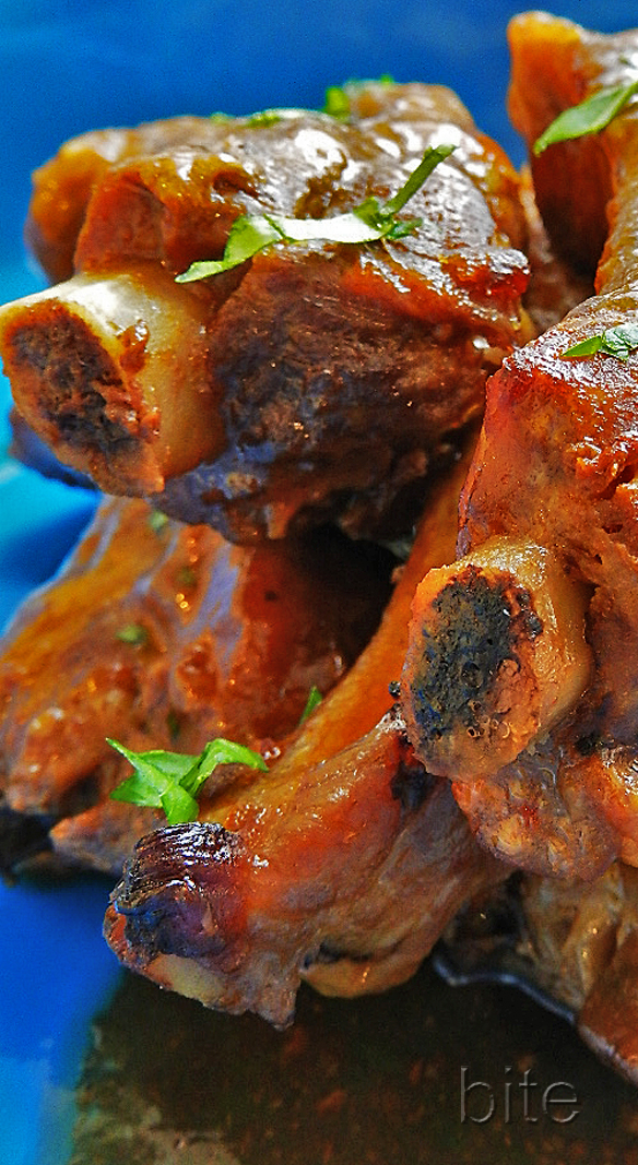 sticky spicy ribs