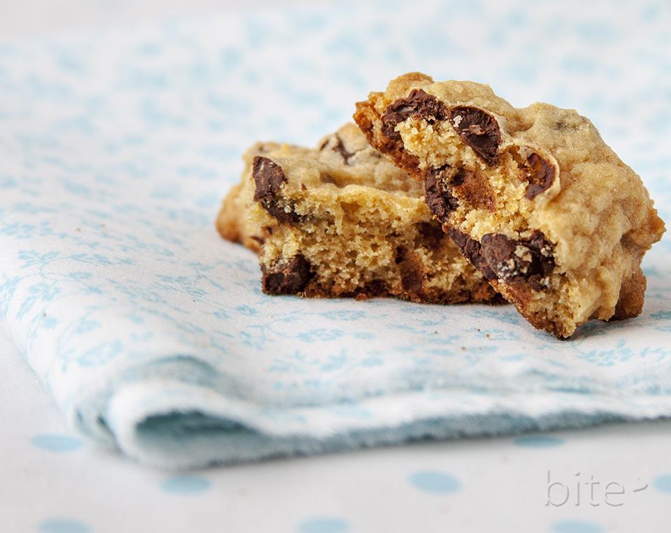 chocolatey chip cookies / bitebymichelle.com