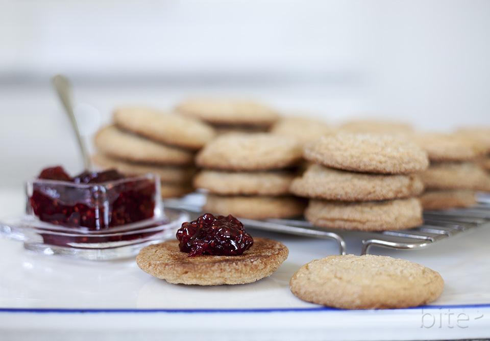 jam jams - gingersnaps stuffed with raspberry jam
