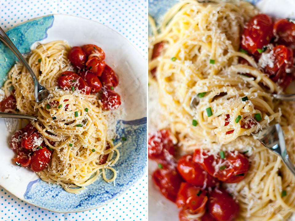 Oven-Baked Grape Tomatoes and Fresh Chives with Pasta