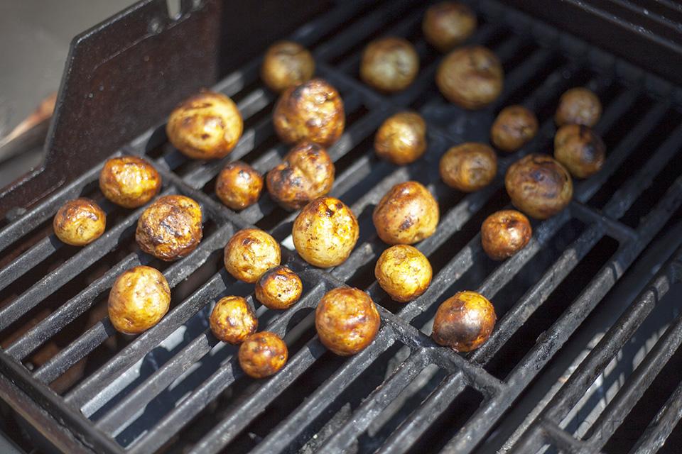 grilled potato salad - easy peasy