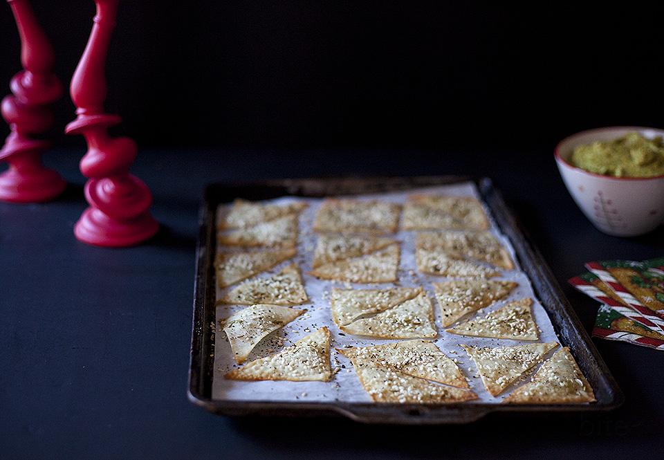 easy entertaining – easy sesame fennel crackers