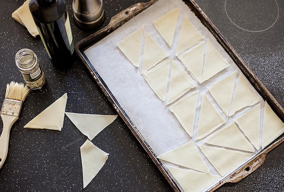 Easy Sesame Fennel Crackers