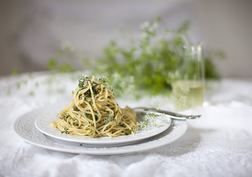 pasta with fresh herbs and blossoms l bitebymichelle.com