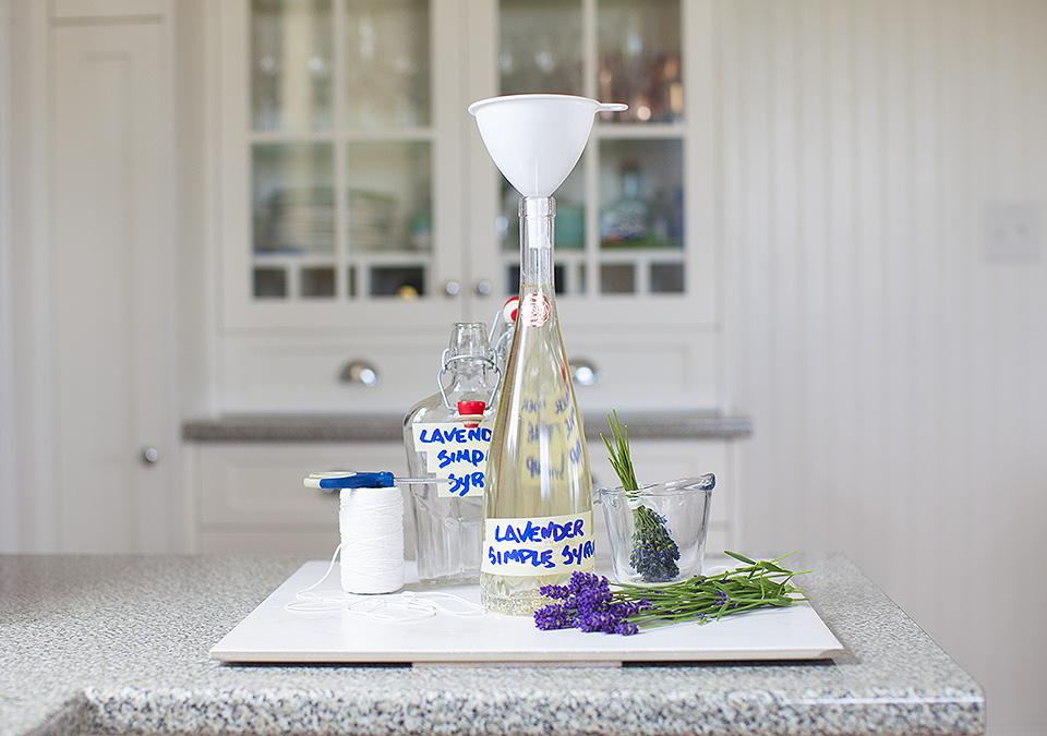 lavender simple syrup l bitebymichelle.com
