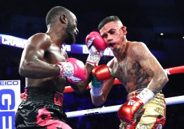 Terence_Crawford_vs_Jose_Benavidez_KO_punch