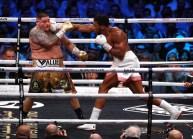 Andy Ruiz Jr v Anthony Joshua, IBF, WBA, WBO and IBO heavyweight championships, Diriyah, Saudi Arabia. 7th December 2019. Picture By Ian Walton.